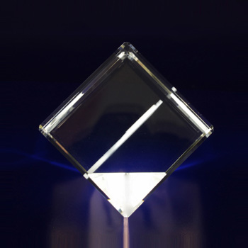 2D-Photo-Crystal-50mm-Diamond-Side-View