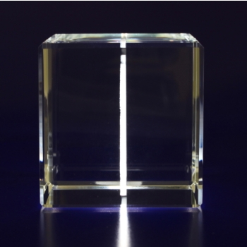 2D-Photo-Crystal-60mm-Cube-Side-View