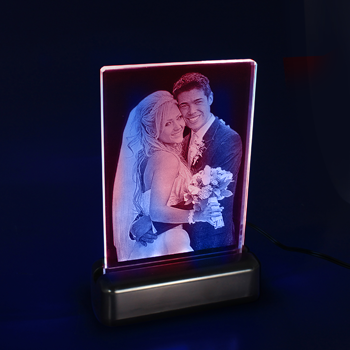2D-Photo-Crystal-Studio-Portrait-ColourLEDs-Angled