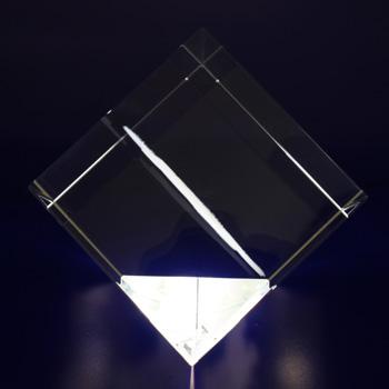 Photo-Crystal-2D-Crystal-Diamond-Side-View