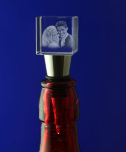 Photo-Crystal-3D-Bottle-Stop-bottle